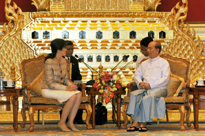 Thailand and Myanmar have agreed to strengthen bilateral ties and cooperation