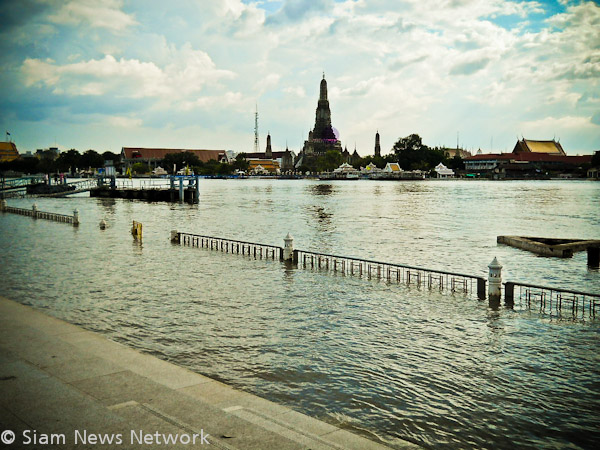 Banks of The Chao Phraya River flooded in Bangkok October 30