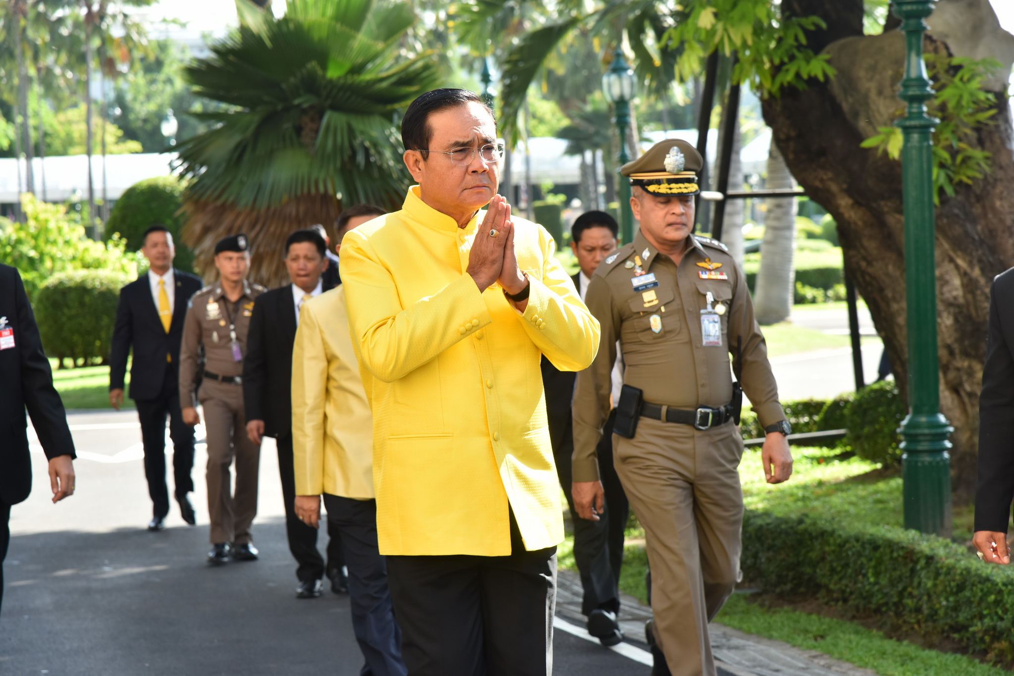 Prayut government ready to work